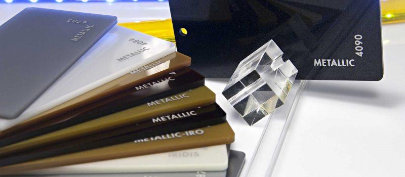 Metallic® – plăci acrilice cu aspect metalic