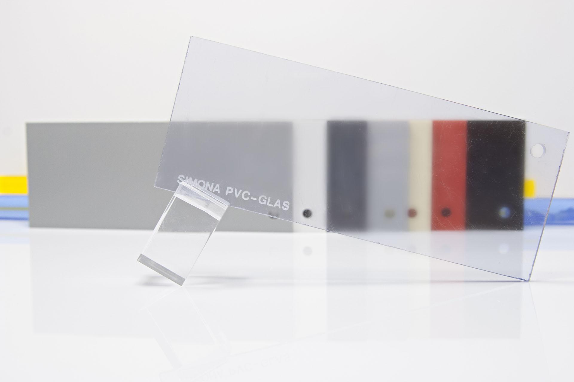 PVC-GLAS – plăci rigide transparente din PVC compact
