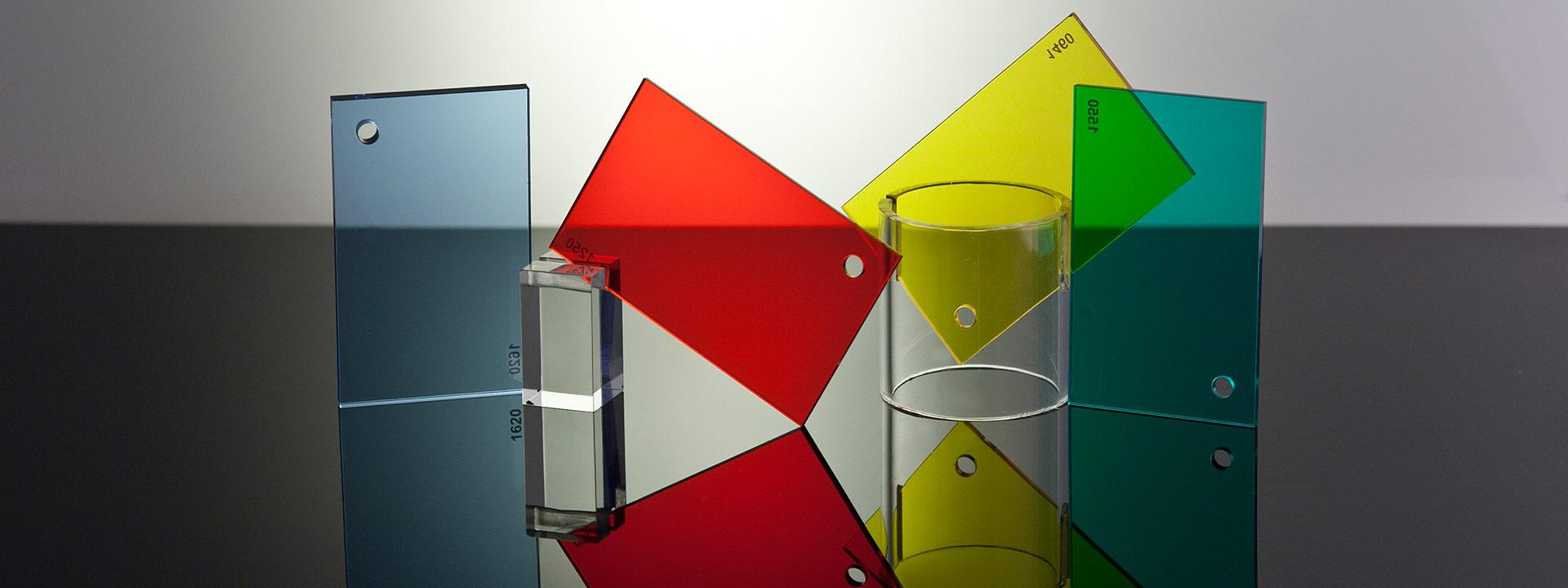 Extruded acrylic plates