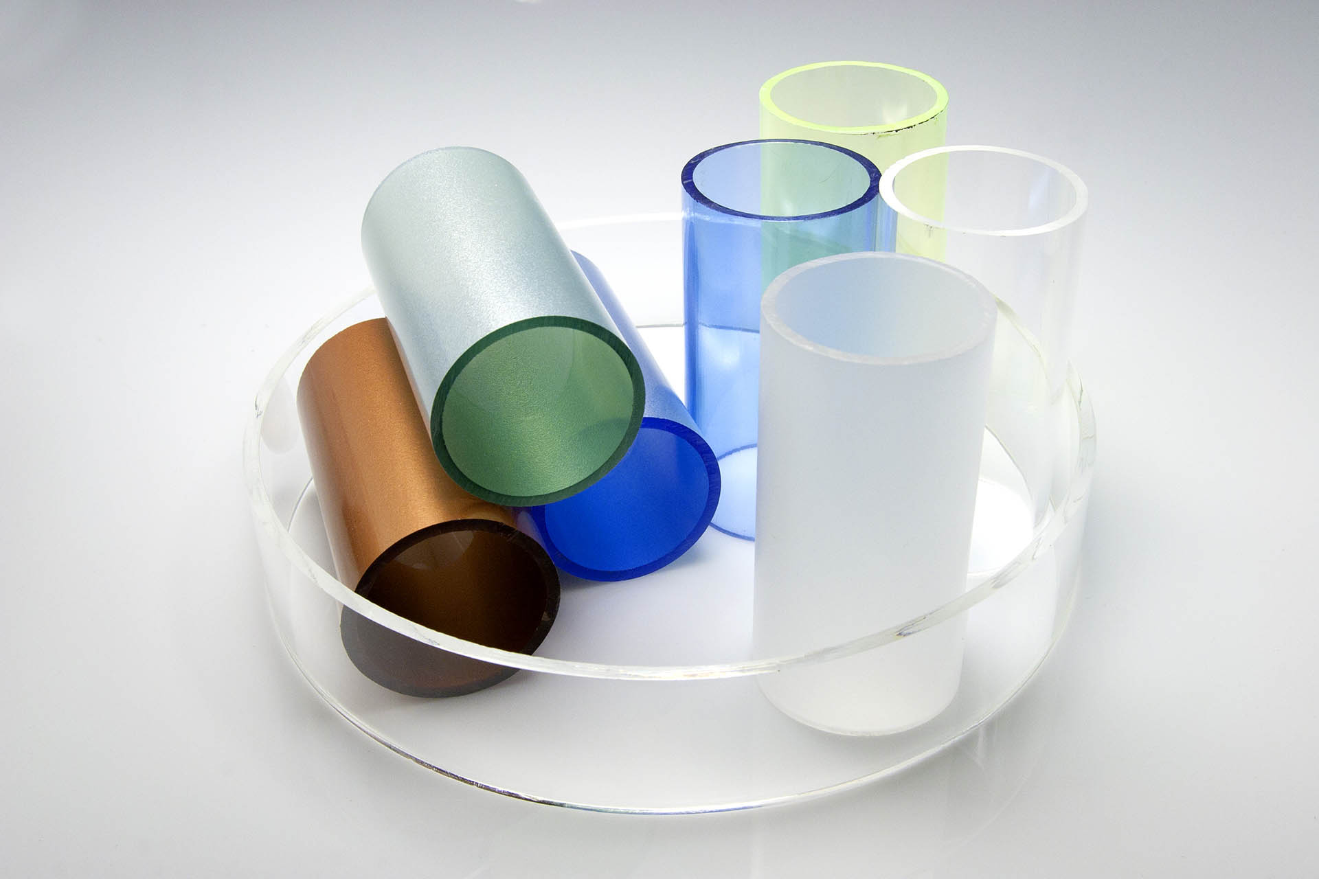 Tuburi acrilice